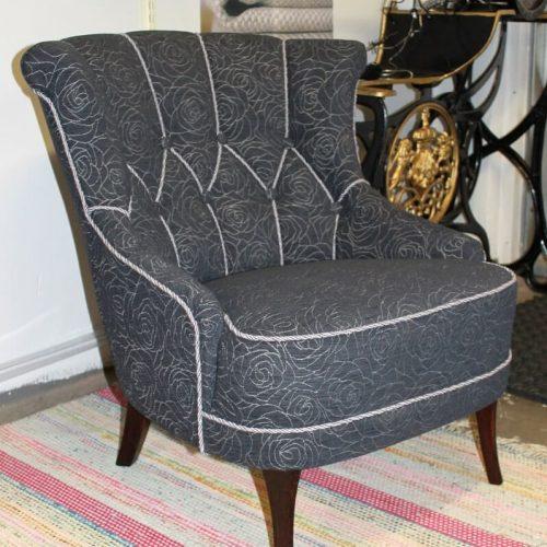 Emma-tuolin verhoilu/päällystys